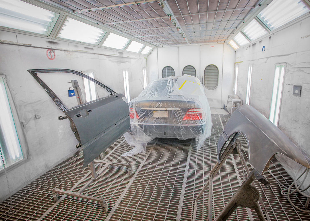 Paint Shop at Harold\'s Body Repair for the Best Collision ...